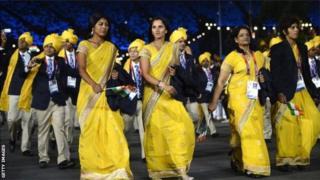 साड़ी में भारतीय महिला खिलाड़ी