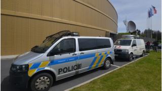 В Чехии задержали нескольких россиян, их обвиняют во взломе компьютерной системы МИД Чехии и во вмешательстве в работу системы выдачи видов на жительство.
