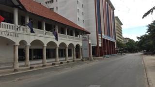 Empty street for Dar es Salaam