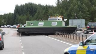 Barge on A9