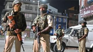 Keşmir'deki Hint askerleri