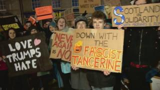 A number of different approaches to home-made signs in Aberdeen