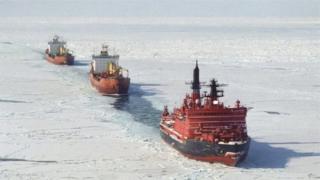 ناقلات بحرية عبر المتجمد الشمالي