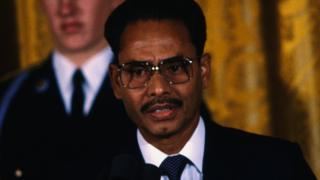যখন বাংলাদেশের রাষ্ট্রপতির পদে। ১৯৮৩
