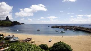 フェルナンド・デ・ノローニャ島には世界有数のビーチがある
