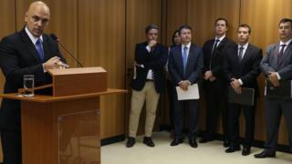 O ministro Alexandre de Moraes durante entrevista coletiva sobre prisões