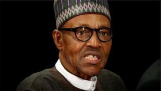 Certains regrettent les propos de Muhammadu Buhari, mais d'autres encouragent la fermeté du chef de l'Etat.