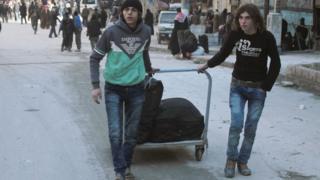 Warga Aleppo