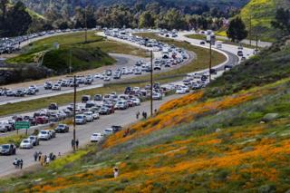 Heavy traffic on freeway 15 on 9 March