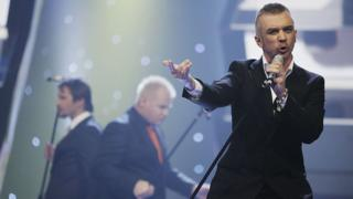 LT United performing at Eurovision 2006.