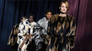 Givenchy - один из известных брендов, объявивших об отказе от меха в этом году