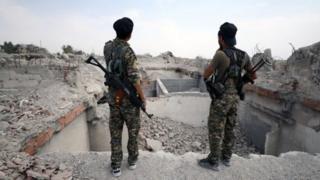 Vikosi vya Iraq vinavyoungwa mkono na Marekani vilifanikiwa kuuteka mji wa Raqqa mwezi uliopita