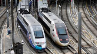 ストによって高速鉄道TGVの運行にも影響が及ぶ