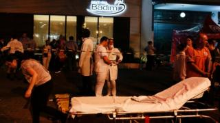 Pacientes são transferidos do hospital