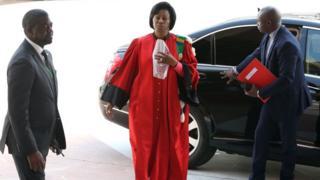 La présidente de la Cour constitutionnelle, Marie Madeleine Mborantsuo