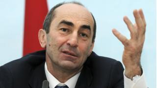 Экс-президент Армении Роберт Кочарян на пресс-конференции