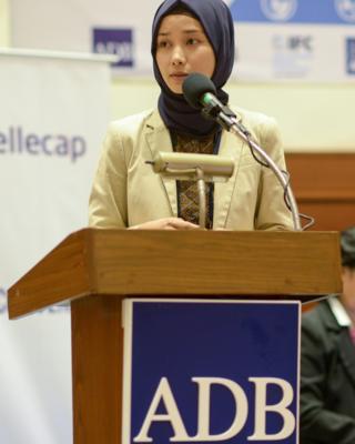 Marina Kusumawardhani