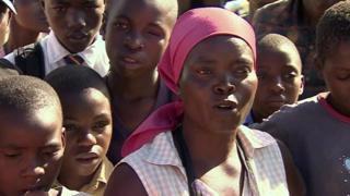 L'interdiction de frapper les enfants divise les zimbabwéens