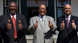 Cyria Ramaphosa, Jacob Zuma and Pravin Gordhan with their thumbs up