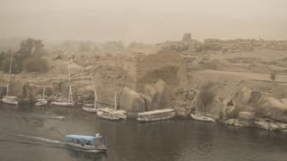 epa06998121 A general view of River Nile during sand storm in Aswan, Egypt, 05 September 2018. EPA/MOHAMED HOSSAM