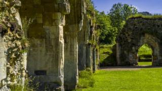 развалины аббатства Хейлз