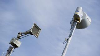 """صفارات الإنذار تدوي في مدينة دالاس الأمريكية بسبب """"اختراق"""""""