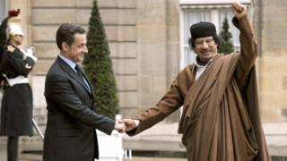Kadhafi reçu par Sarkozy à l'Elysée