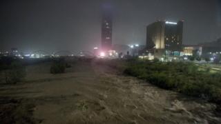 26 जुलै 2020 जुलै रोजी, मॉन्टेरी, मेक्सिको येथे वादळ हन्ना दरम्यान सांता कॅटरिना नदीचे सामान्य दृश्य पाहिले जाते.