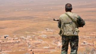نظامی سوری