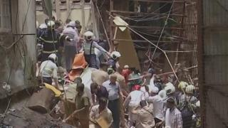 ਮੁੰਬਈ ਵਿੱਚ ਇੱਕ ਚਾਰ-ਮੰਜ਼ਿਲਾ ਇਮਾਰਤ ਢਹਿ ਜਾਣ ਤੋਂ ਬਾਅਦ 40 ਲੋਕਾਂ ਦੇ ਫਸੇ ਹੋਣ ਦਾ ਖ਼ਦਸ਼ਾ ਹੈ