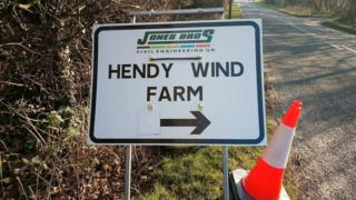 Sign directing contractors to the Hendy Wind Farm site