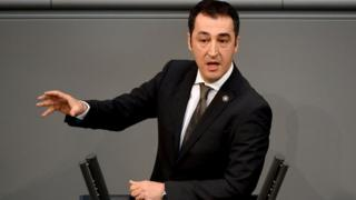 Cem Ozdemir MP speaking in Bundestag, 24 Apr 15