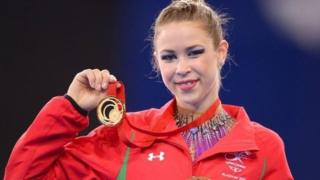 Frankie Jones wins 2014 Commonwealth gold in the ribbon