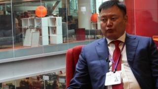 Дүйшөнбек Зилалиев Кыргызстанда инвесторлор менен иштешүү аракети жогору болуп жатканын айтууда.