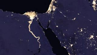 નાઇલ નદીના કિનારાનો પ્રકાશિત વિસ્તાર
