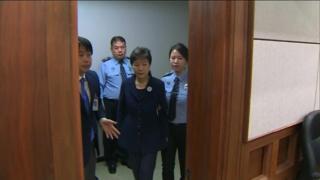 زندانی شدن رئیس جمهوری سابق کره جنوبی