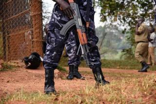 Polisi nchini Uganda wamechangia pakubwa katika kumsadia Rais Museveni kusalia madarakani