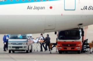 日本政府派出专机撤侨