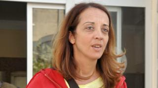 Dutch-Turkish journalist Ebru Umar was released in Kusadasi on Saturday (24 April)