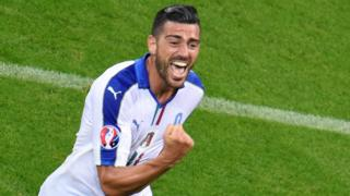 Graziano Pelle celebra el gol de la sentencia