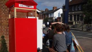 Booth to communicate with refugees in Oxford