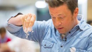 Jamie Oliver to expand restaurants abroad after UK collapse