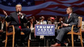 مايكل فلين وترامب خلال الحملة الانتخابية