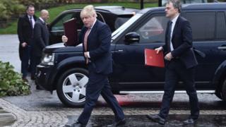 Boris Johnson, Julian Smith