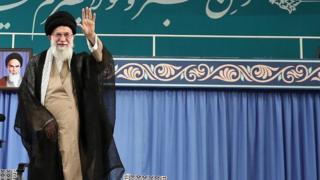 رهبر و دولت ایران چقدر در بحران فعلی سهم دارند؟