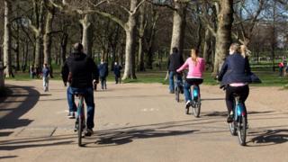 Лондондаги велосипедчилар