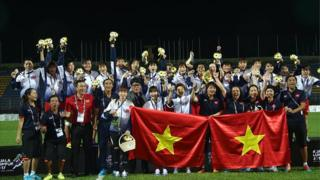 Đội tuyển bóng đá nữ Việt Nam đăng quang ngôi vô địch tại SEA GAMES 29 hồi tháng Tám