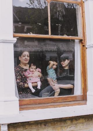 in_pictures Romana, baby Leyla, Isaac, Ayten