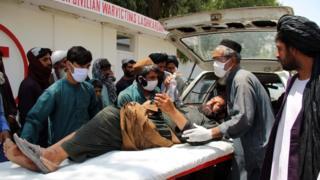دولت و طالبان یک دیگر را عامل این انفجارها میخوانند
