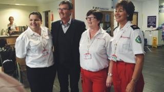 Daniel O'Donnell met Red Cross volunteers